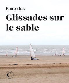 Faire des glissades sur le sable