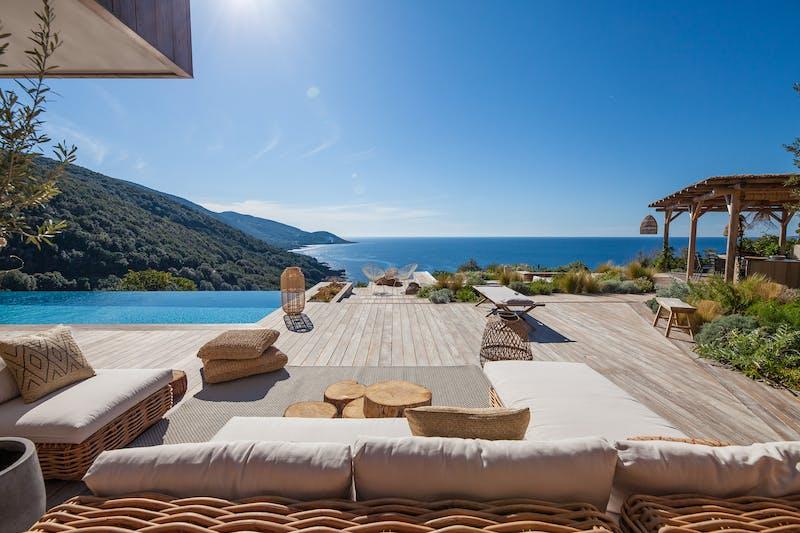 Seaview villa in Corsica