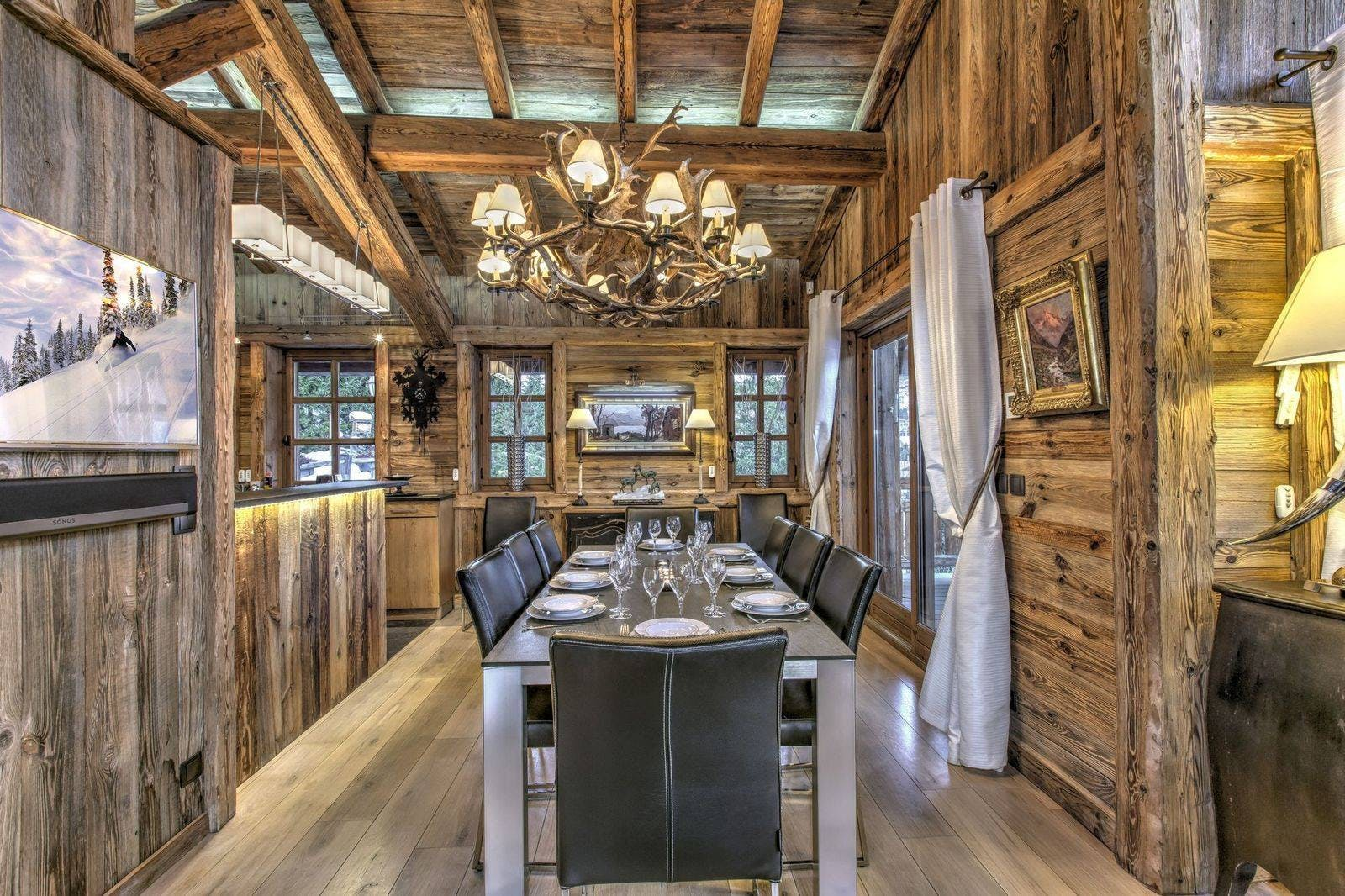 Chalet Crystal White